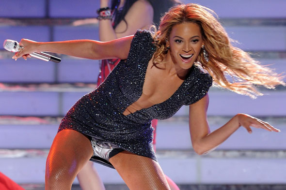Beyonce during the American Idol finale show