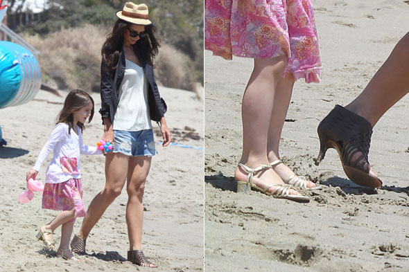 Katie Holmes and Suri Cruise on the beach in Malibu in their heels