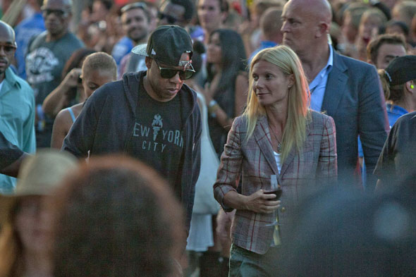 Jay-Z and Gwyneth Paltrow watch Beyonce's Glastonbury headlining closing act from the front row