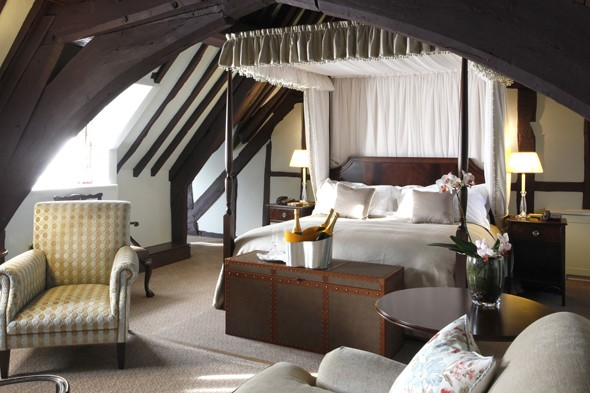 ellenborough-park-bedroom
