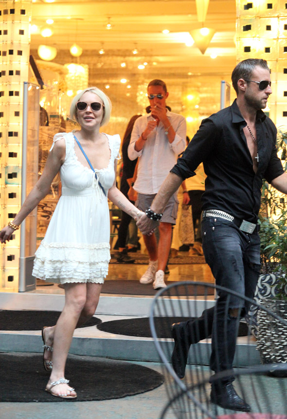 So that's how she did it. Is LiLo dating designer Philipp Plein?