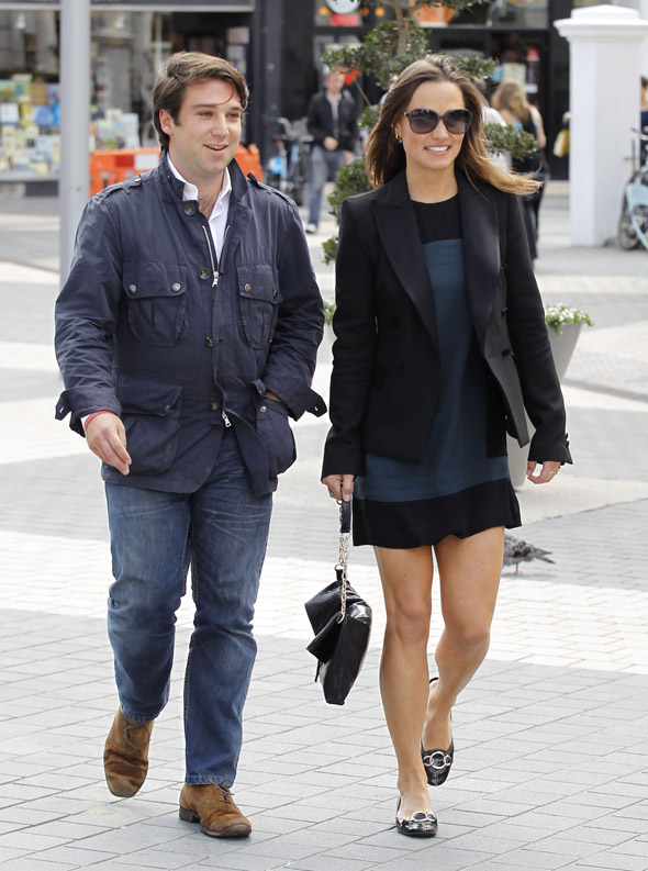 Pippa middleton out in chelsea