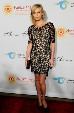 charlize-theron-black-lace-dress-charity-party-Los-Angeles