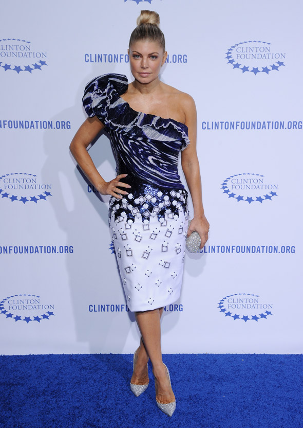 Fergie embraces meterology with benefit gala dress