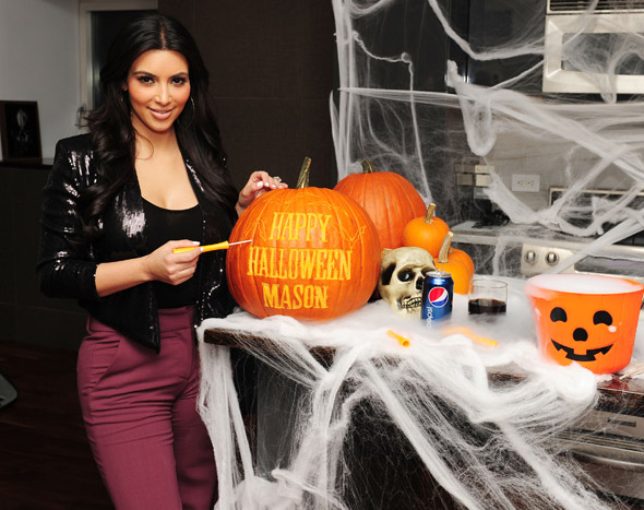 Guess who's getting into the spooky spirit this Halloween?