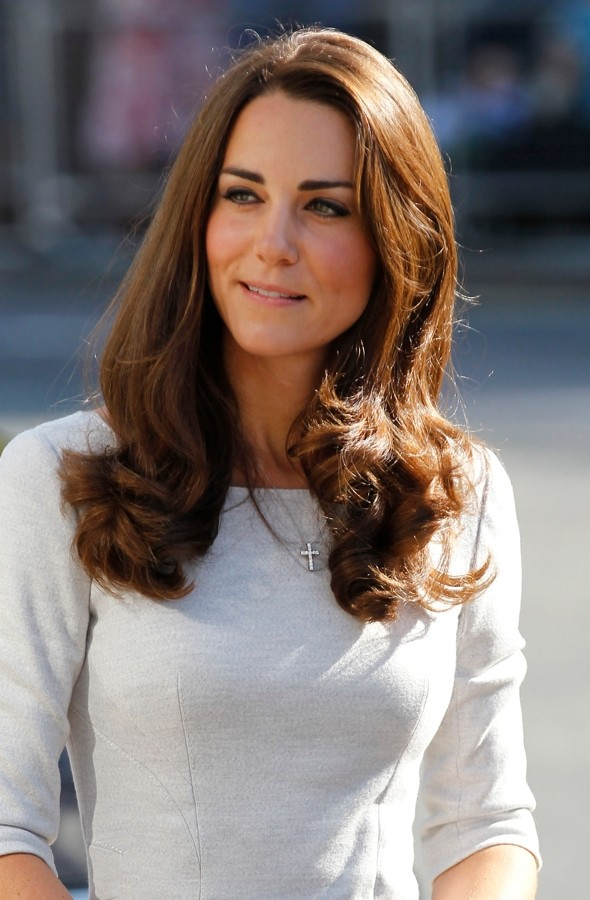 Camilla gives Kate her £165 'bee sting' beauty secret