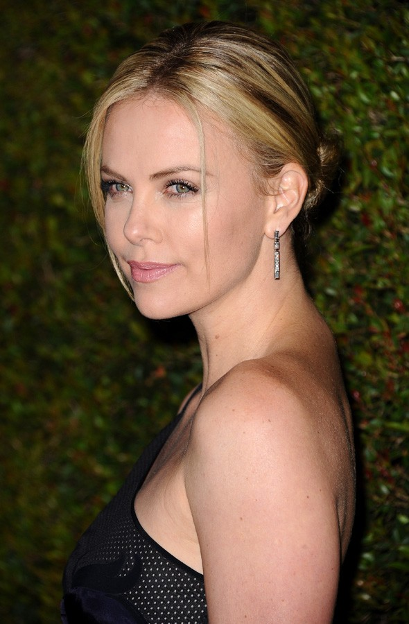 Charlize Theron becomes the latest famous fan of Stella McCartney