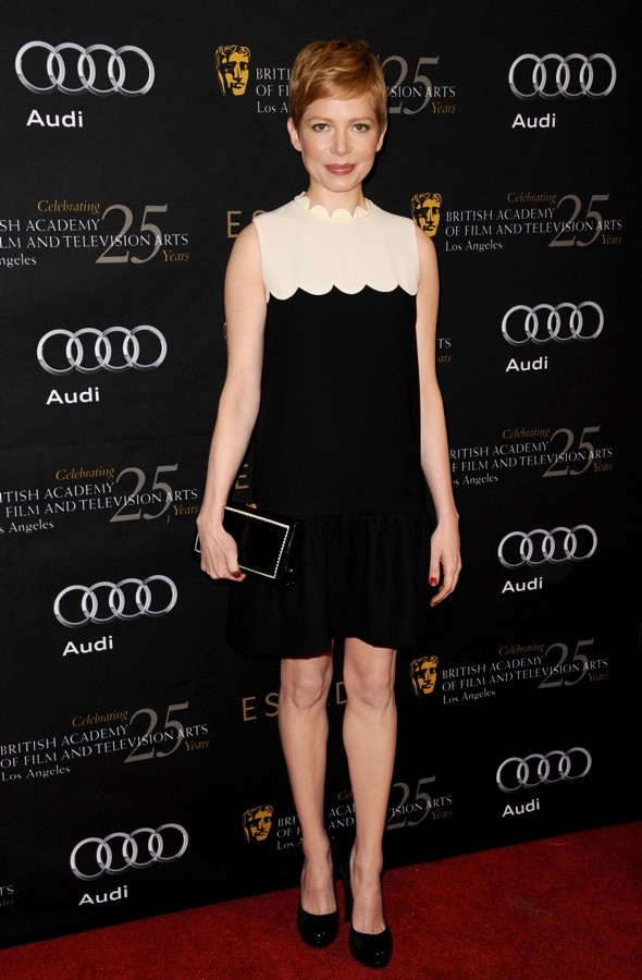 Michelle Williams is Sixties sweet in two-tone shift dress