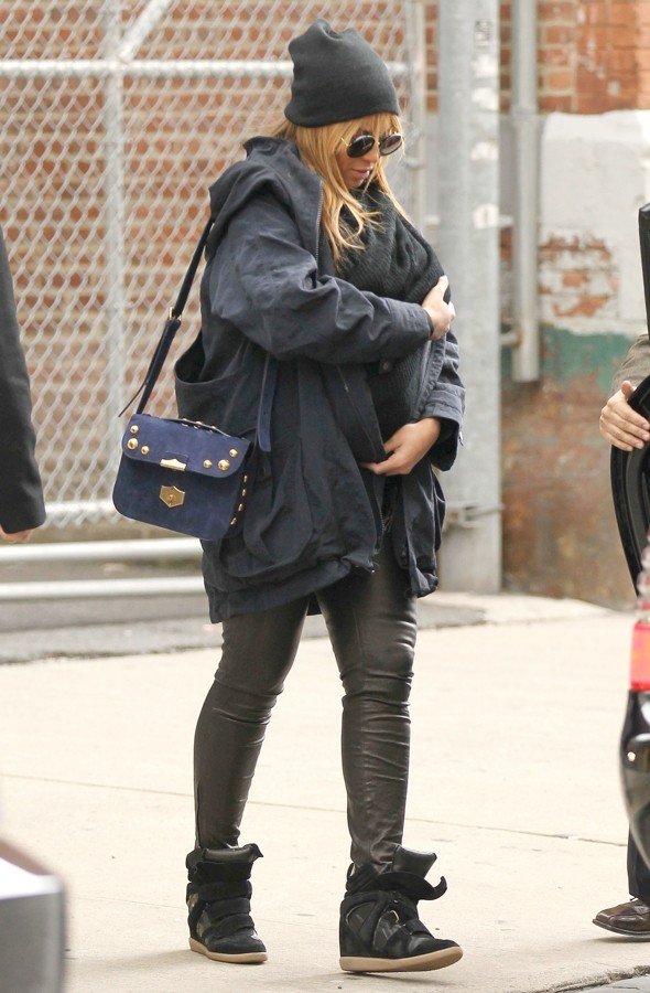 Hello, world! Beyonce takes Blue Ivy for first public outing in New York