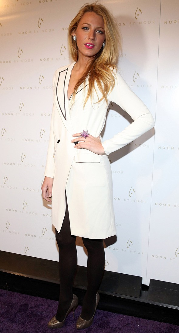 Blake Lively arriving at the Noon by Noor show during New York Fashion Week