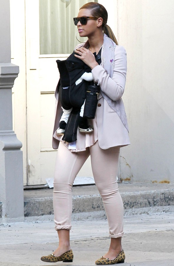 Beyonce and Blue Ivy out walking in New York