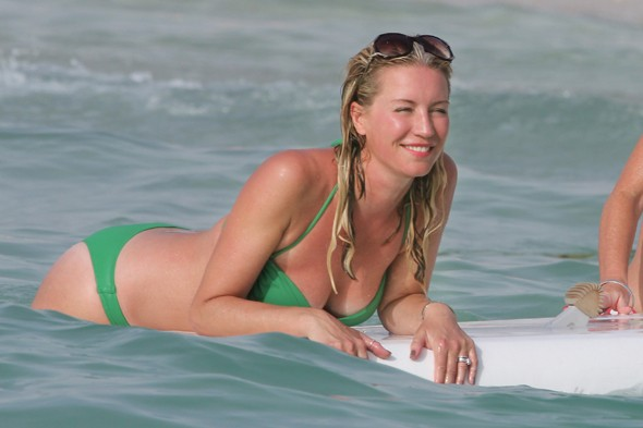 Denise Van Outen is on holiday in Dubai, this is a good bikini colour on her
