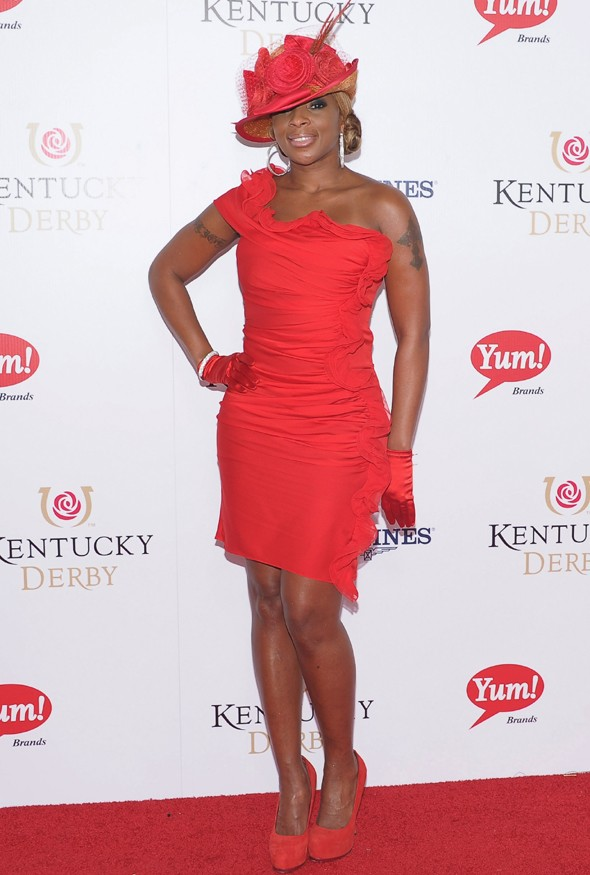 Ladies in red: Ginnifer Goodwin and Mary J. Blige hit the Kentucky Derby