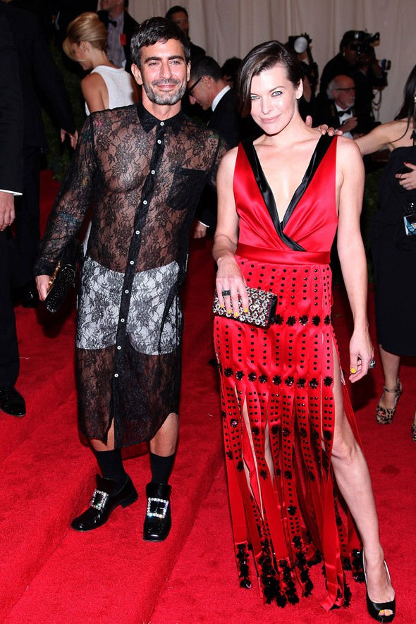 Met Ball 2012: Marc Jacobs shuns tuxedo in favour of lace dress