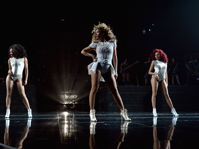 On Stage Style: Beyonce Takes Connecticut
