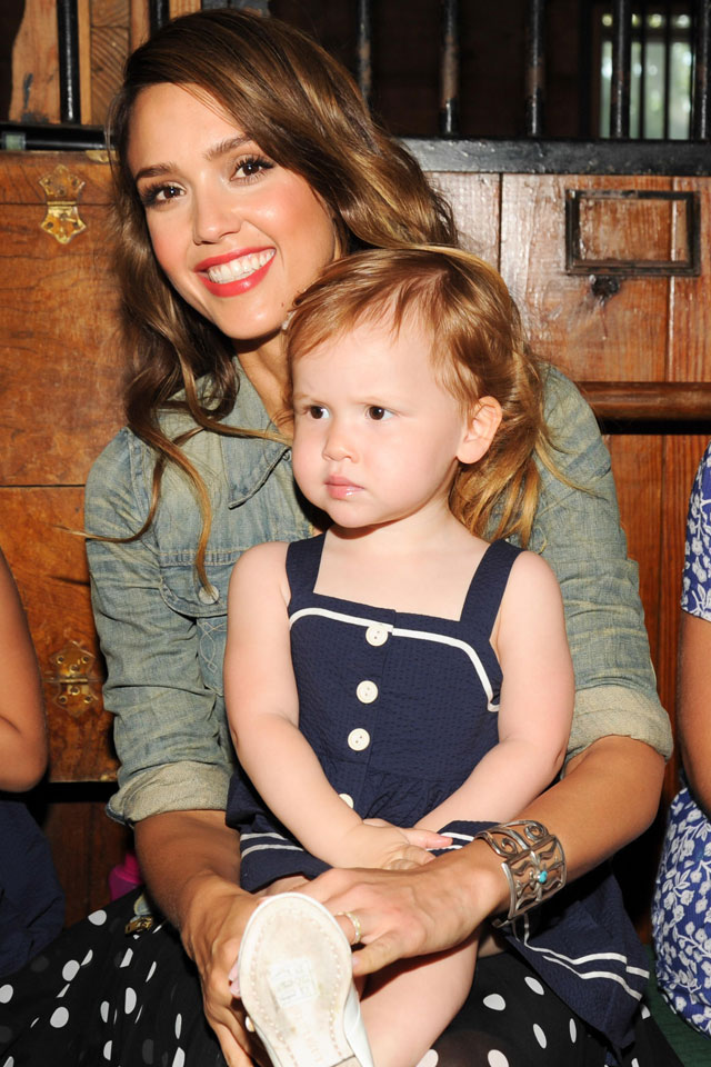 Jessica Alba Is Officially The Yummiest Mummy EVER At ...