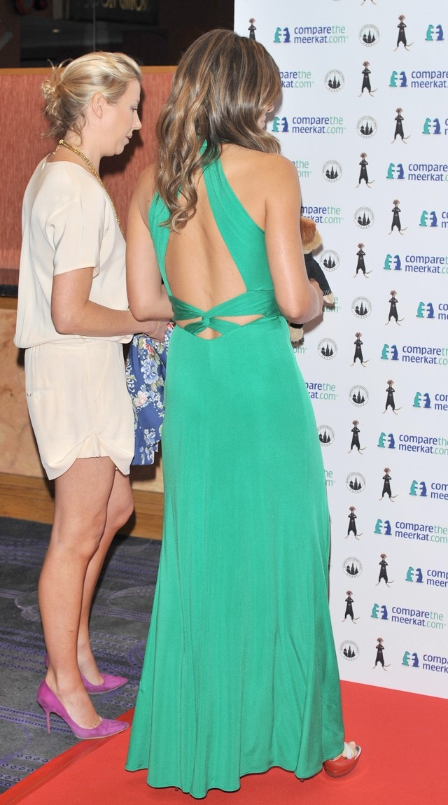 Emerald Style: Elizabeth Hurley Is  A Green Goddess In Cutout Dress