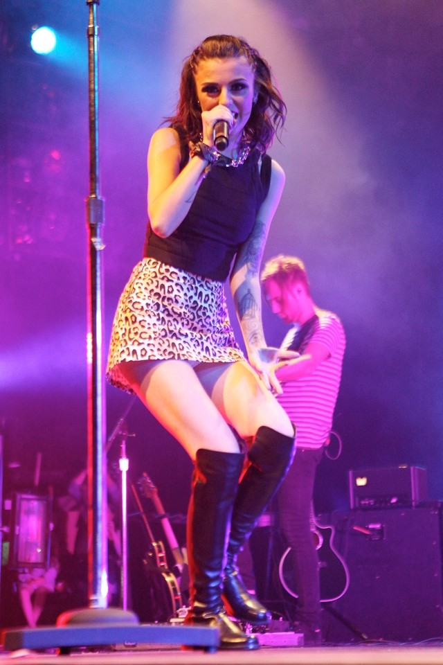 Cher Lloyd Dons Over-Knee Boots For Weekend Of US Concerts