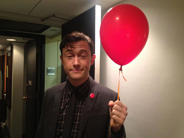 joseph gordon levitt with a balloon