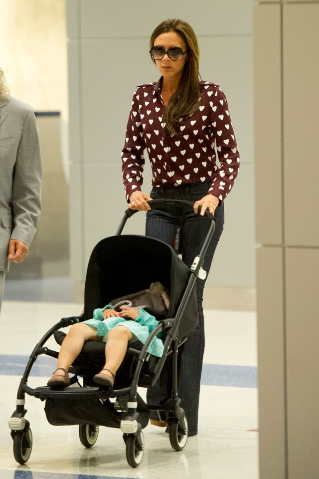 We Heart Victoria Beckham's Airport Chic