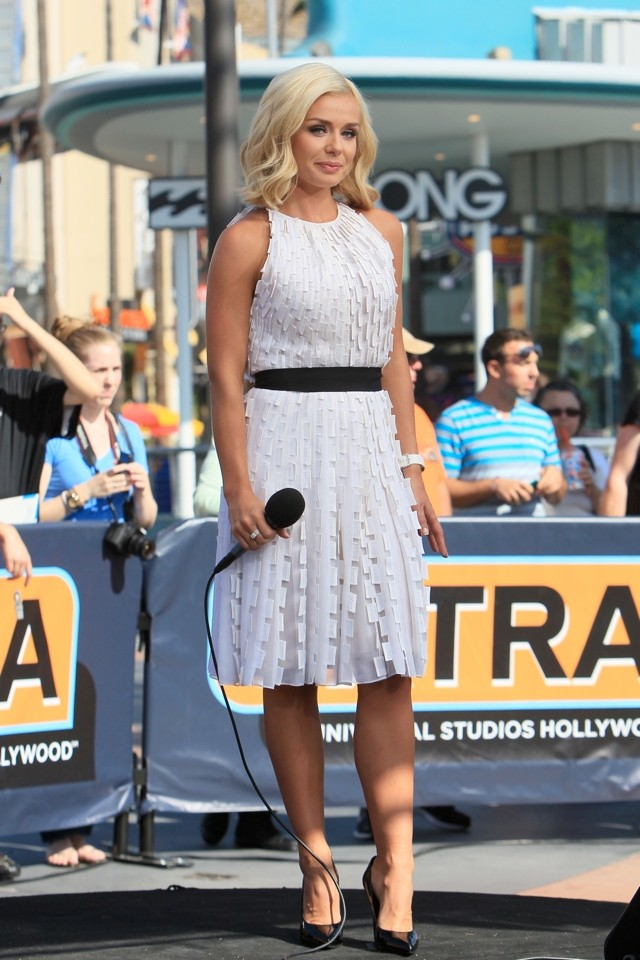 Katherine Jenkins Tries The Crop Top Trend For US TV Show