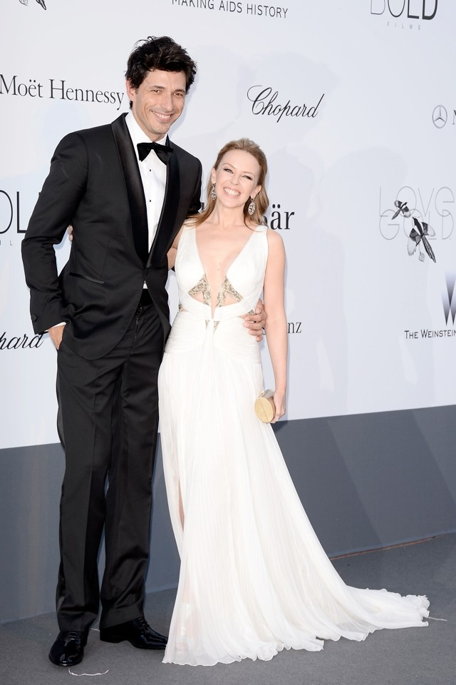 Kylie Minogue Splits From Boyfriend Andres Velencoso After Five Years *Sad Face*