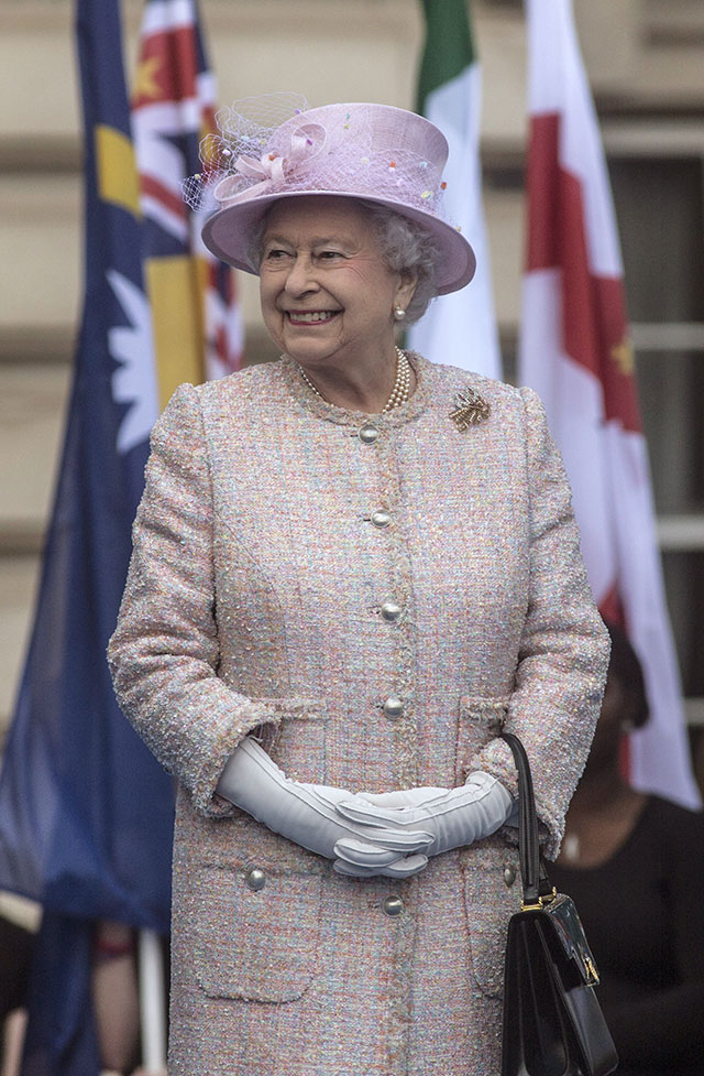 The Queen ISN'T Attending Prince George's Christening? As If!