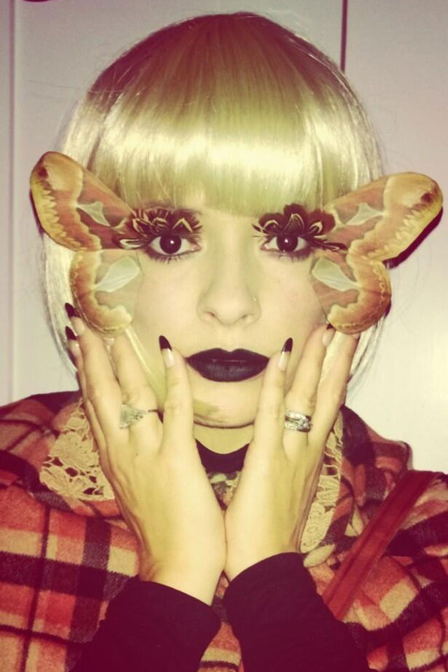 holly-willoughby-halloween-makeup