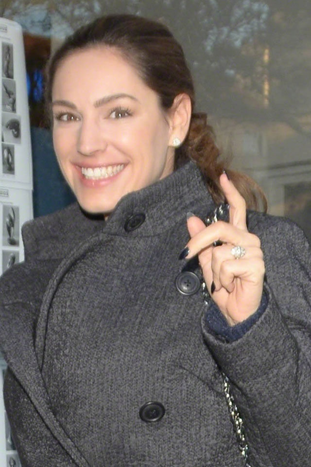 kelly-brook-engagement-ring