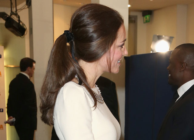 duchess-of-cambridge-ribbon-in-hair