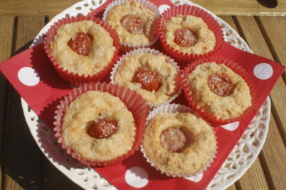 Cooking with kids: Ham, cheese and tomato mini muffin bites