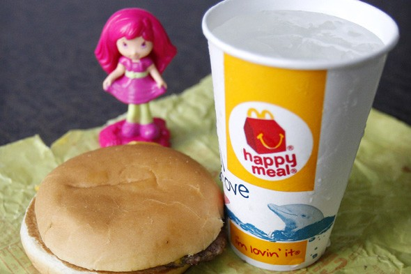 McDoanlds bows to pressure and will add fruit to Happy Meals in the US