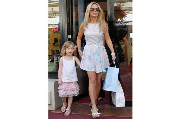 Geri Halliwell steps out with her mini-me daughter Bluebell