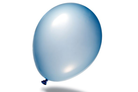 Balloons: children under 8 to be banned from blowing up
