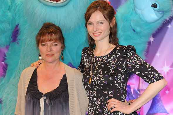 Janet Ellis on being granny to Sophie Ellis Bextor's kids and why grandparents should be celebrated