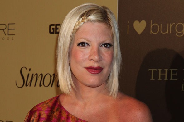 Tori Spelling in post-birth hospital drama