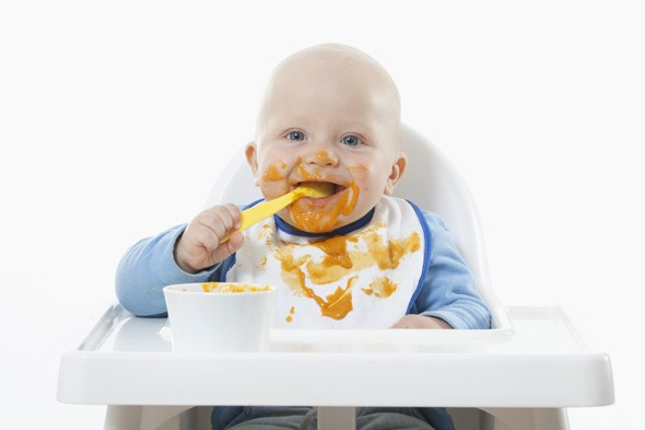 So which is best: weaning before or at six months?