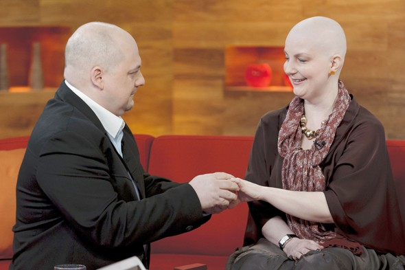 Breast cancer mum whose hair-cutting video became a YouTube hit gets engaged on daytime TV