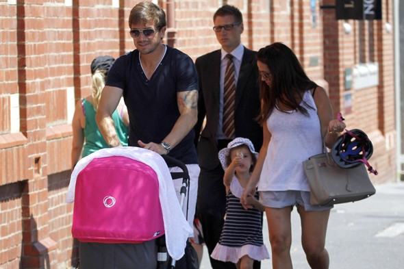 Sheree Murphy shows off baby Dolly in Australia!