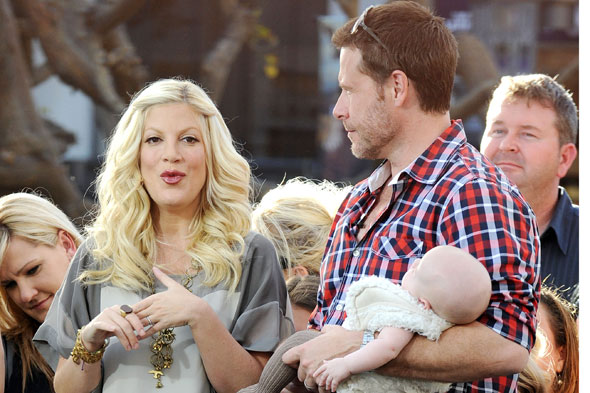 Tori Spelling pregnant - AGAIN! Baby number four on the way!