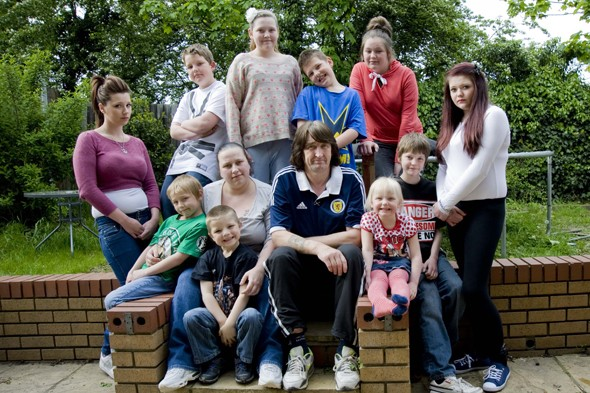 Mum-of-10 claims claims £50k benefits while doing full-time voluntary work