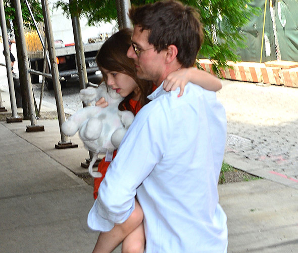 Tom Cruise reunited with Suri after she and mum Katie Holmes are involved in car accident