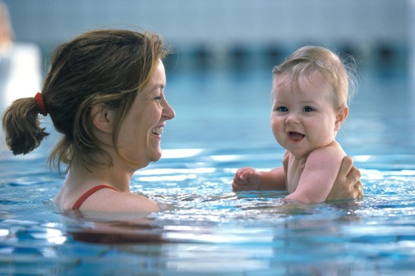 Taking baby swimming for the first time? Top tips for fun and safety