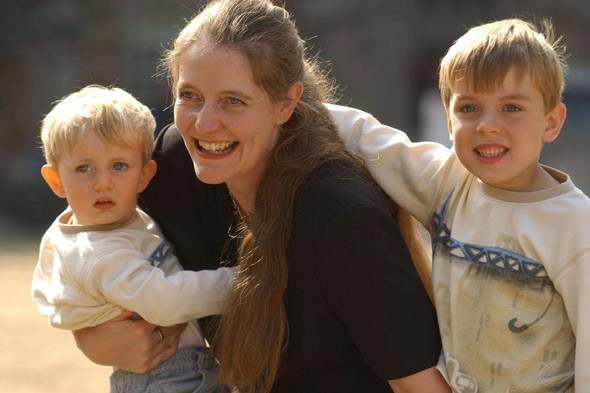 Wife of secret sperm donor calls for change in law to require partners' consent