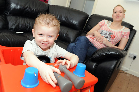 Toddler has chemotherapy to help painful arthritis