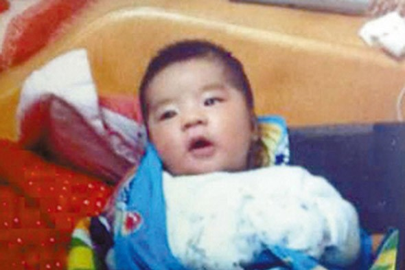 Thief strangled baby in car he stole to stop it crying
