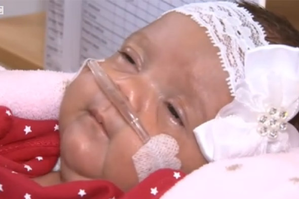 Mum delivers baby at home at 27 weeks and saves her with mouth-to-mouth