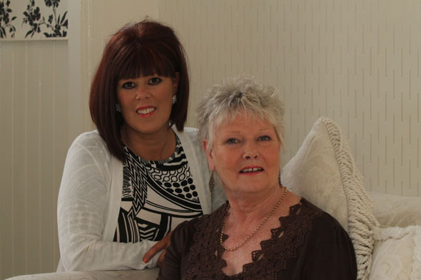 Mum and daughter have breast cancer surgery together