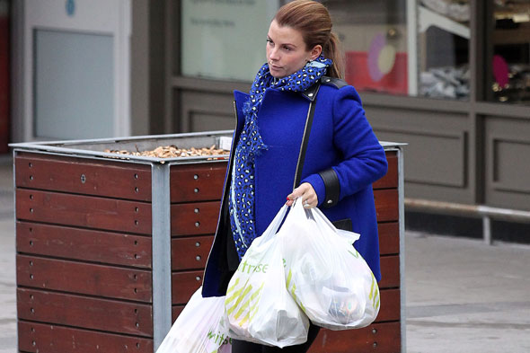 Heavily pregnant Coleen Rooney fed up with stretchy leggings!