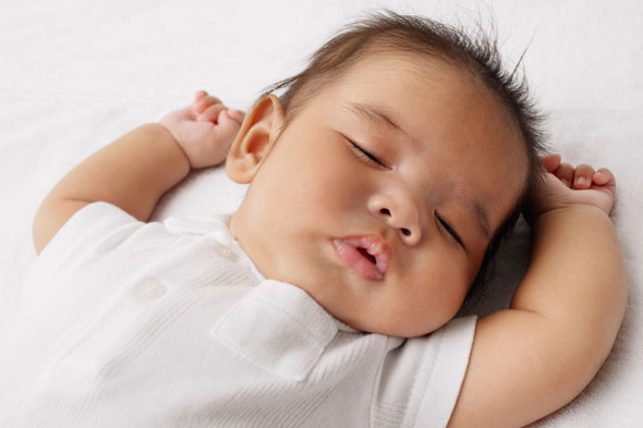 Safer sleep for your baby: your questions about SIDS answered